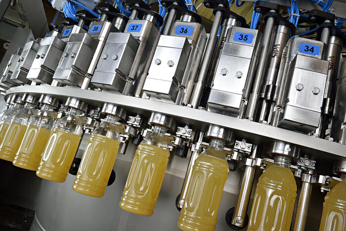 SIPA's range of mechanical and electronic filling machines